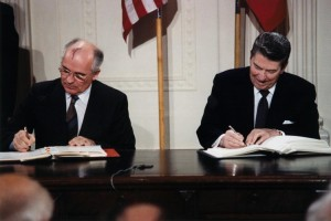 The port-wine stain of Mikhail Gorbachev (pictured here with Ronald Reagan) would have remained unknown if he had not been bald.